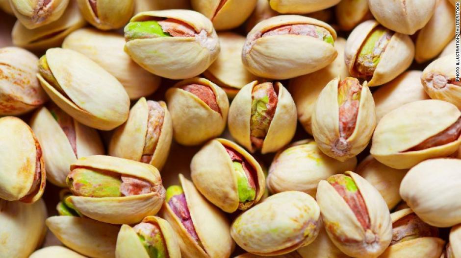 La dieta MIND sugiere comer nueces cinco veces a la semana. (Foto: cnn)