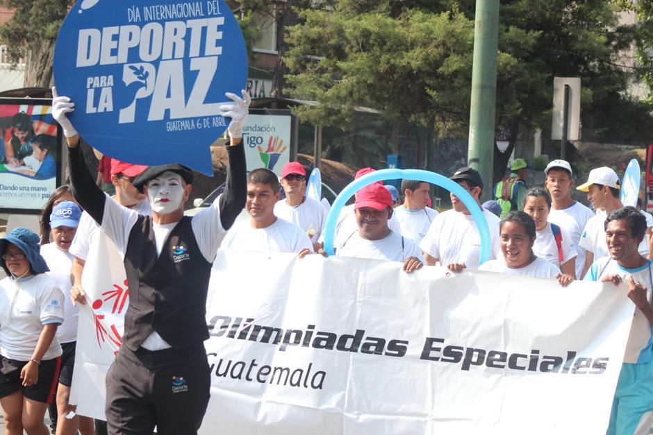 Un grupo de representantes de las Olimpiadas Espeiales estuvo presente en la actividad. (Foto: José Dávila/Soy502)