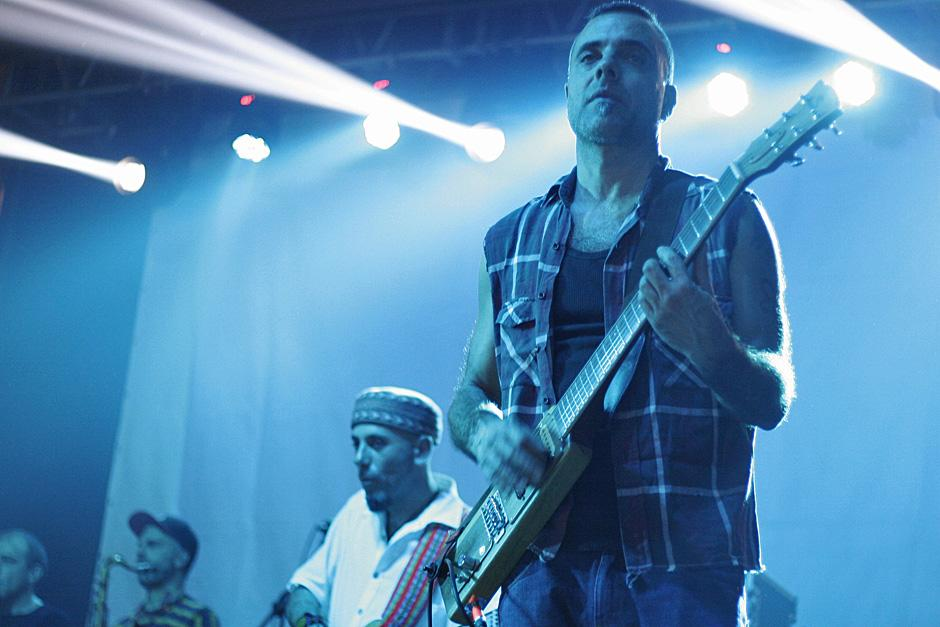 """La banda argentina tocó sus temas clásicos y los temas de su disco más reciente """"Activistas"""""""
