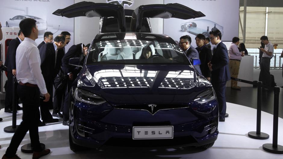 Tesla se presenta con su modelo X. (Foto: Infobae)