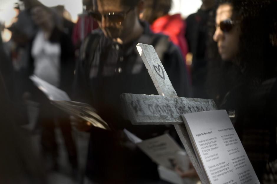 Miles de migrantes mueren al año, otros tantos desaparecen. (EFE)