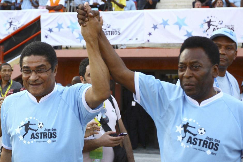 """Pelé, quien coincidió con Eusebio en el Mundial de Inglaterra 1966, consideraba a la """"Pantera Negra"""" como un hermano."""
