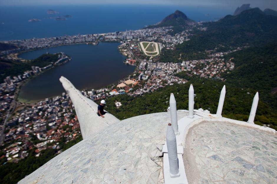 El Cristo Redentor es un símbolo de Brasil. (Antonio Lacerda/EFE)