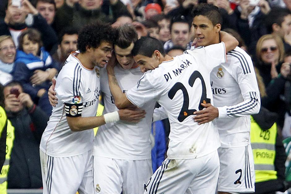 El Madrid tendrá un duro comienzo en la defensa de su liderato el domingo ante el Atlético en el Vicente Calderón