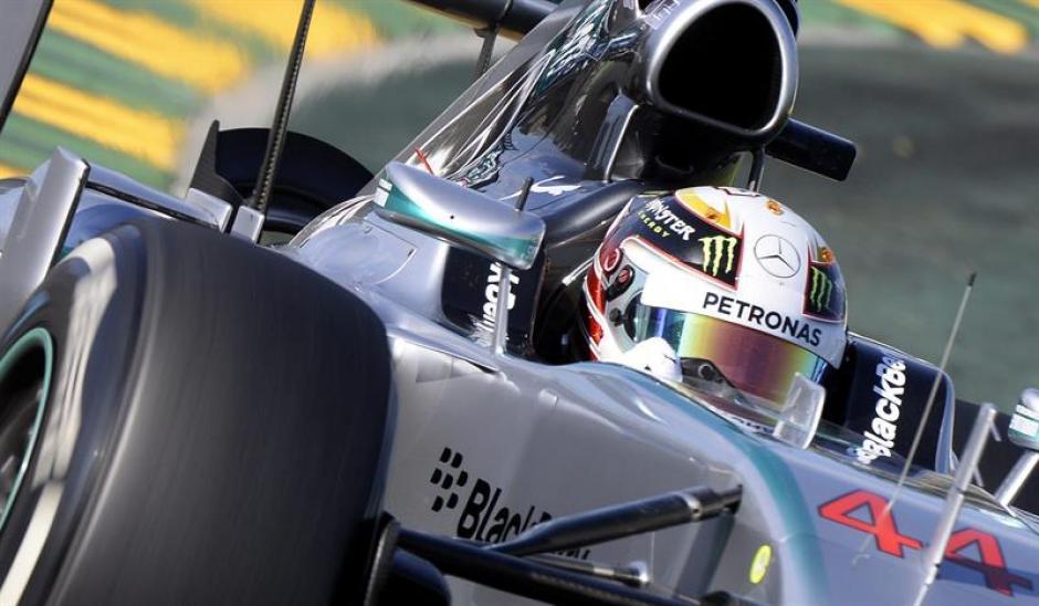 Hamilton logra la primera pole de la temporada, en Melbourne.(Foto: EFE)
