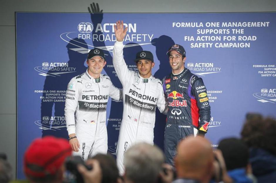 Hamilton, primera pole del año en un gran rendimiento en las pistas hoy.(Foto: EFE)