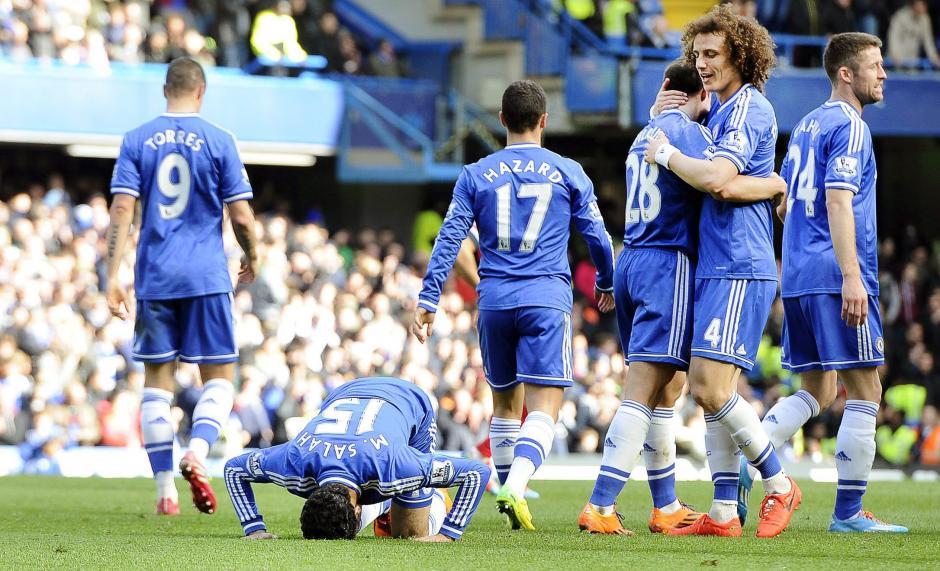 Wenger nunca le ha ganado un partido aMourinho. (Foto: AFP)