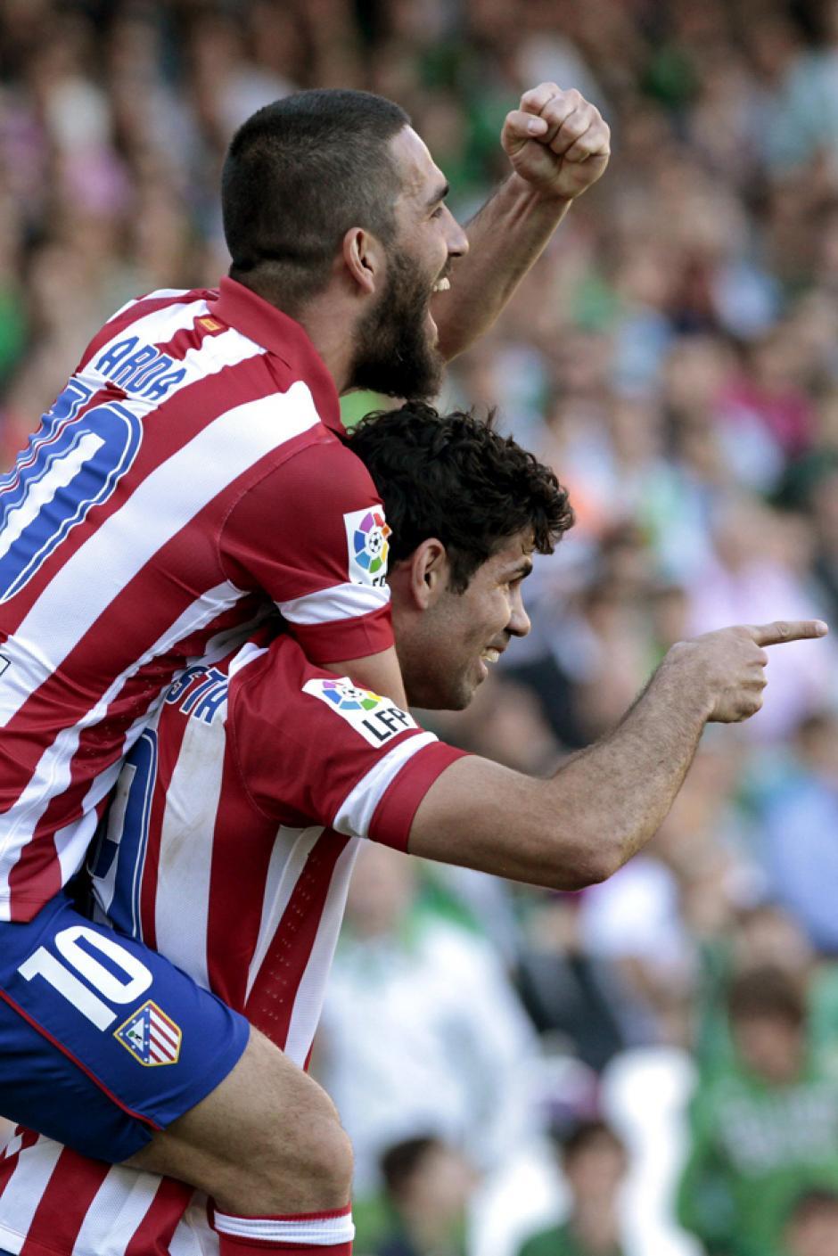 Diego Costa puso el 2-0 definitivo en el campo del Betis. (Foto: EFE)