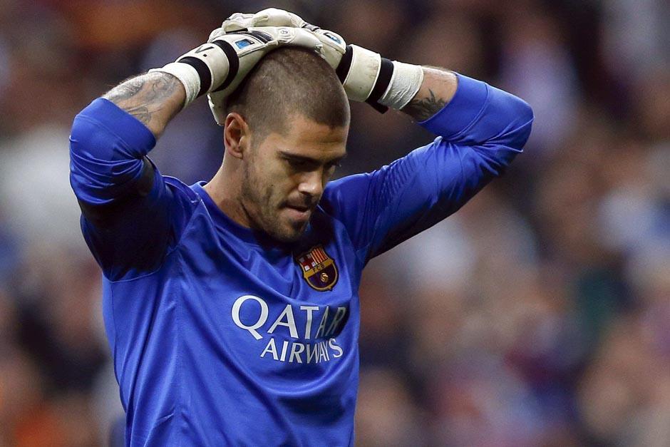 Víctor Valdés se perderá el resto de la temporada con el Barcelona y el Mundial de Brasil 2014