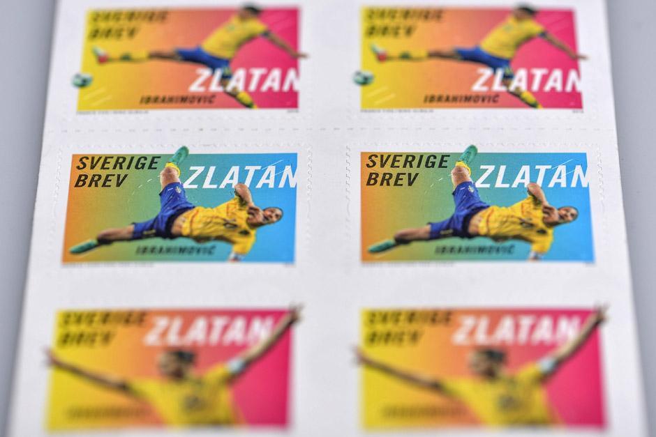 Zlatan es uno de los héroes en Suecia a pesar que la selección de ese país perdió el derecho de acudir al Mundial de Brasil 2014