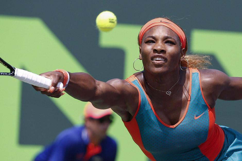 Serena Williams enfrentará a la china Na Li en la final de la rama femenina. (Foto: EFE)