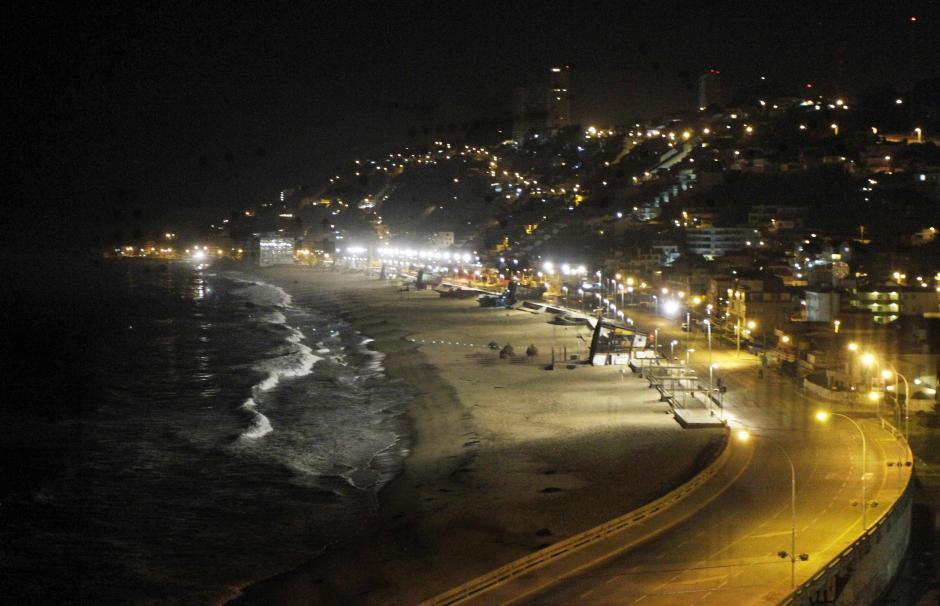 Vista general de la zona costera de la localidad Reñaca en Valparaíso, Chile. La población ya está regresando a sus hogares. (Foto:Efe)