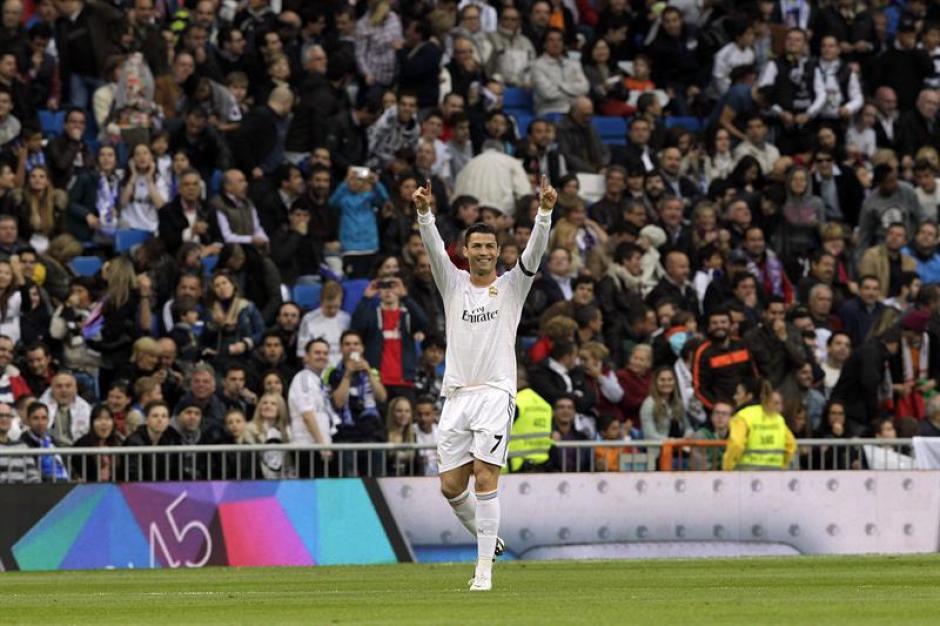 Cristiano Ronaldo abrió el marcador anotando el primer gol del encuentro a los 6 minutos de haber iniciado el partido. (Foto: EFE)