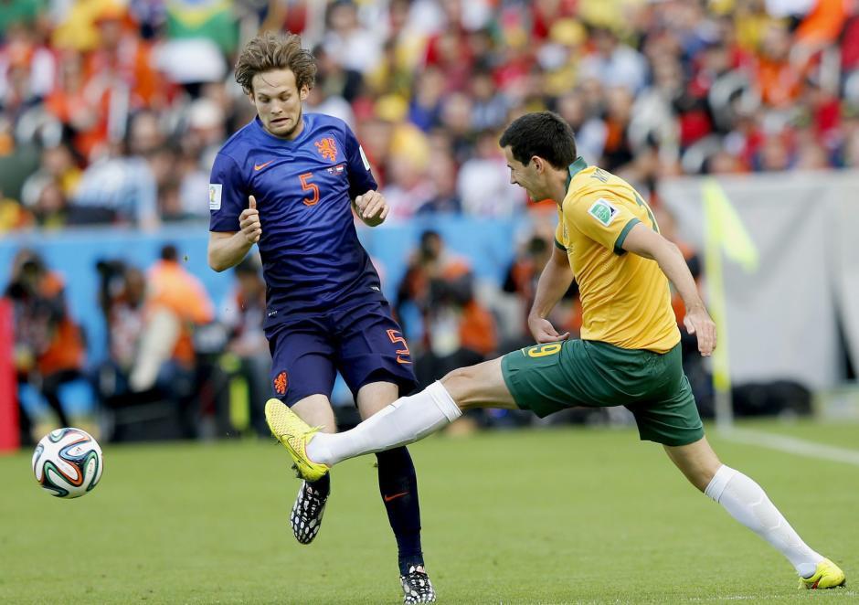 La selección de Holanda se vio sorprendida por el juego de Australia. (Foto: EFE)