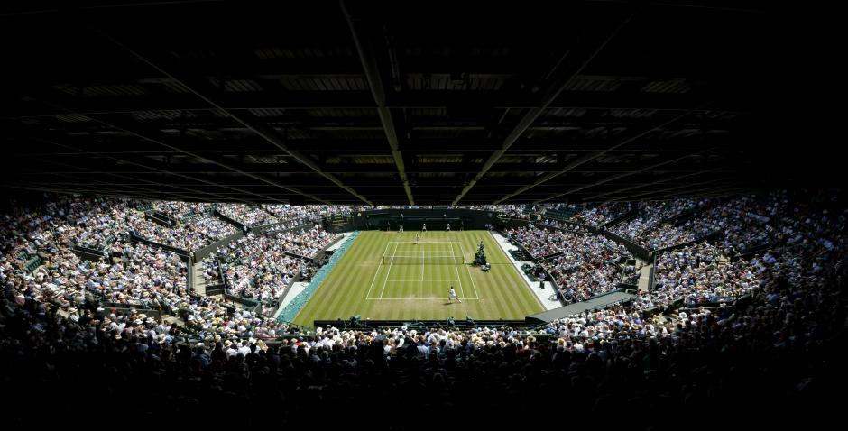 Vista general del All England Club de tenis durante el partido de tercera ronda disputado entre el español Fernando Verdasco y el vigente campeón de Wimbledon, el suizo Stan Wawrinka, en Londres (Reino Unido), el, viernes 3 de julio de 2015. (Foto: EFE/Facundo Arrizabalaga)