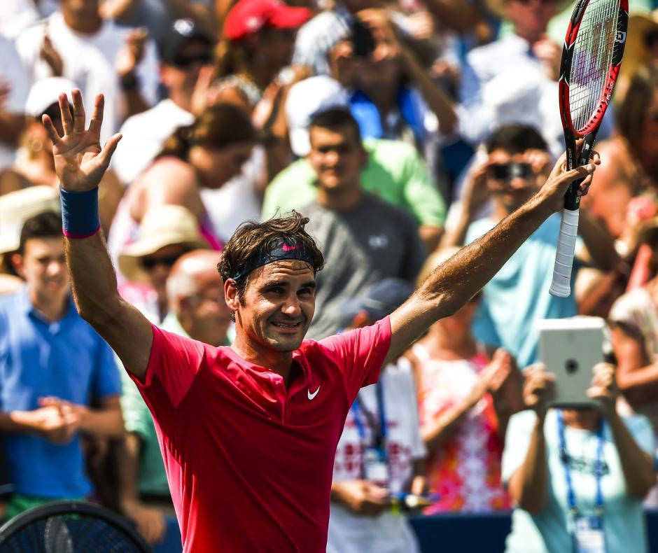 Federer celebra el título conseguido en Estados Unidos tras derrotar al número uno del mundo