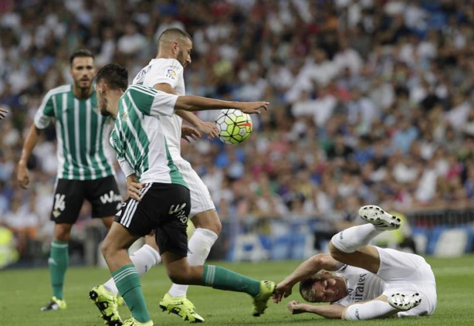 El francés Karim Bezema volvió a ser titular en Real Madrid.(Foto: EFE)