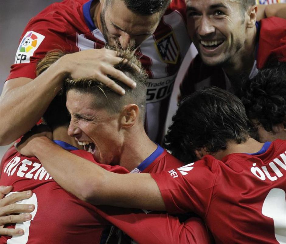 """Fernando el """"Niño"""" Torres había adelantado al Atlético, pero sólo tres minutos les duró la alegría. (Foto: EFE)"""