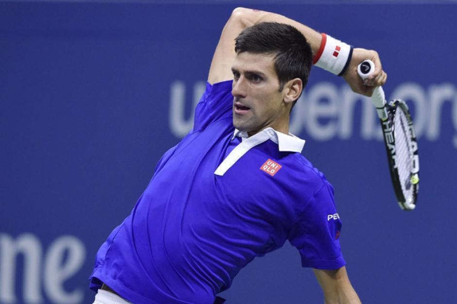 Djokovic durante el tercer set del duelo ante Federer de la final del US Open