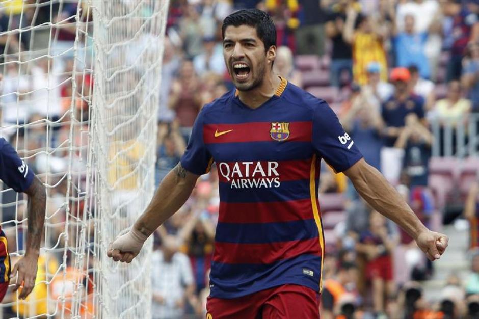 Suárez se puso el equipo al hombro tras la salida de Messi por lesión.(Foto: EFE)