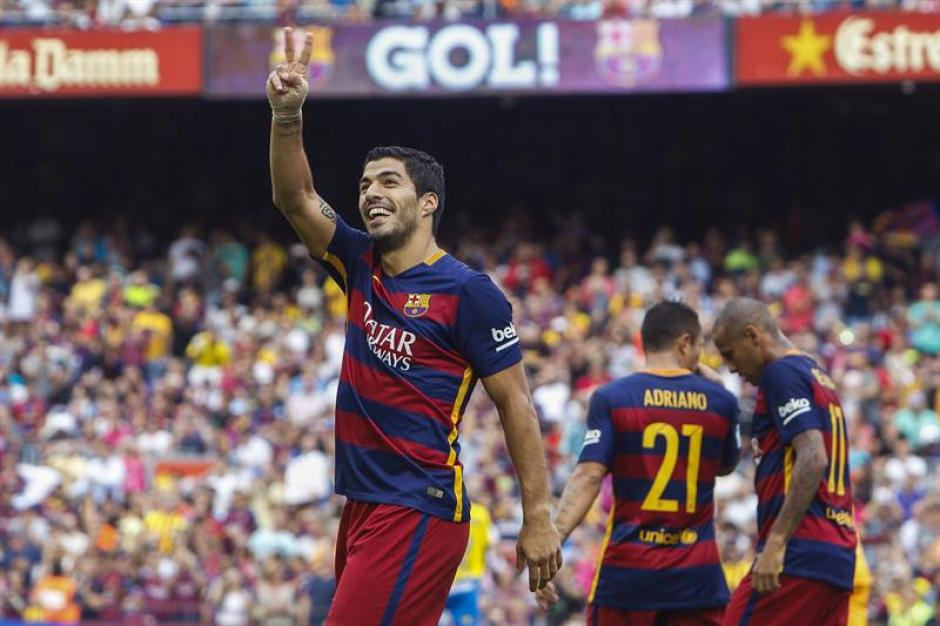Con doblete del uruguayo Luis Suárez el Barcelona le ganó a Las Palmas, en la sexta jornada de la Liga española. (Foto: EFE)