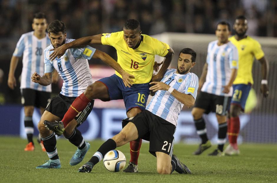 Ecuador supera a Argentina en el Monumental foto