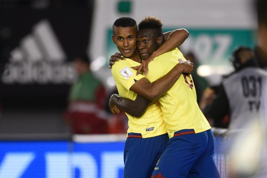 Ecuador venció a Argentina en Buenos Aires foto