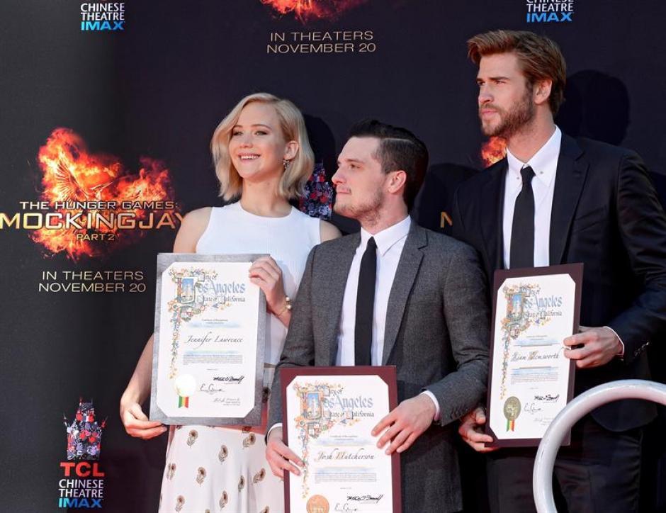 """Los protagonistas de la película """"Los Juegos del Hambre"""" este día en Hollywood. (Foto: EFE)"""