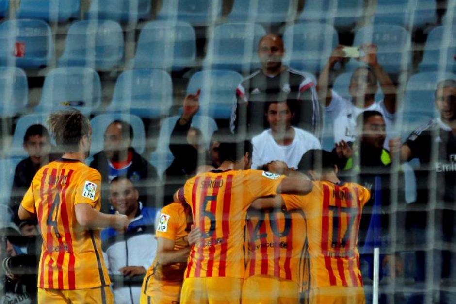 Barcelona llegó a 24 puntos en la tabla, empató a Real Madrid en la cima de las posiciones. (Foto: EFE)