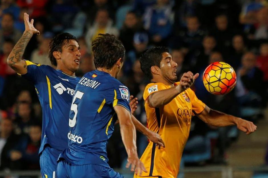 Luis Suárez ha marcado en Getafe su octavo gol de la temporada en la Liga, el duodécimo en todas las competiciones. (Foto: EFE)