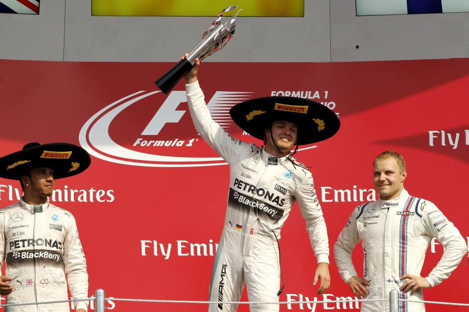 Rosberg, Hamilton y Bottas en el podio del GP de México. (Foto: EFE)