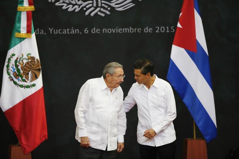 Los mandatarios iniciaron un encuentro histórico que pretende marcar un antes y un después en la relación bilateral de ambos países. (Foto: EFE)