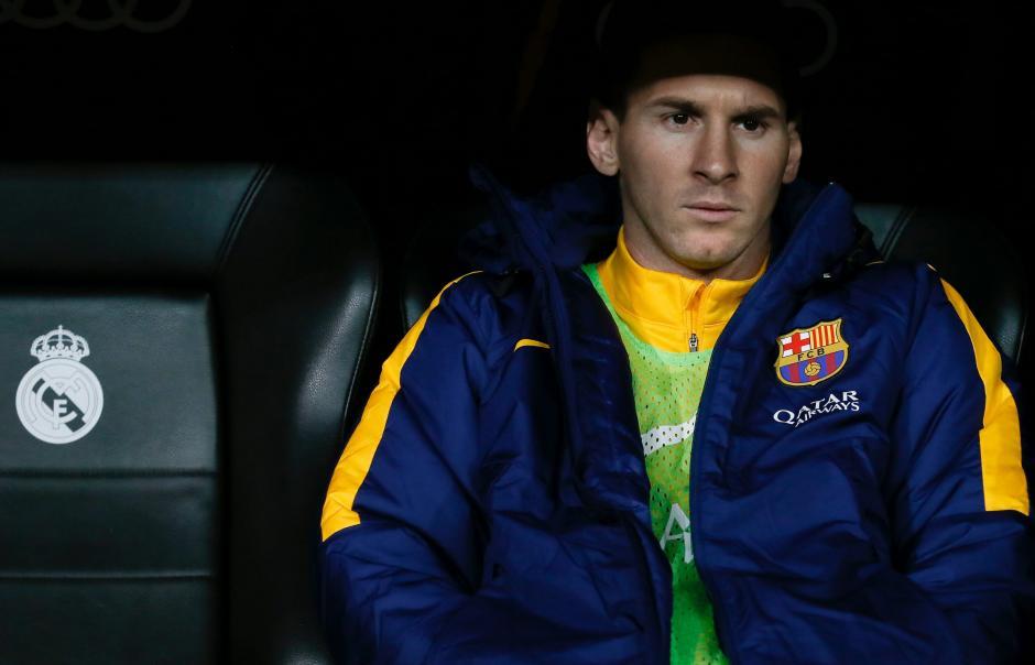 Lionel Messi estuvo gran parte del partido en la banca del FC Barcelona. (Foto: EFE)