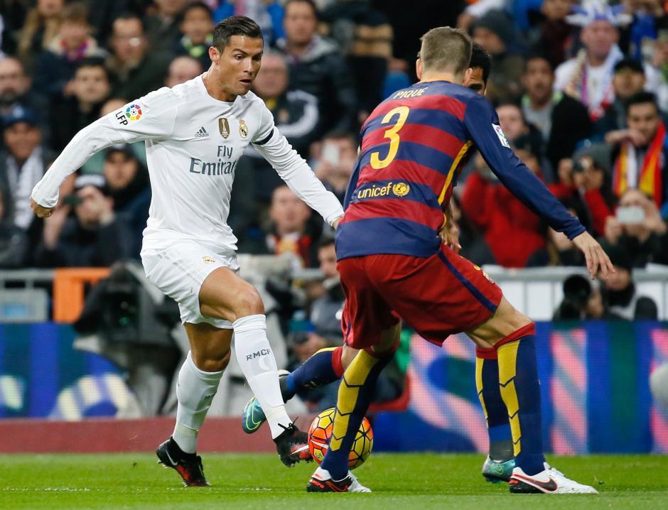 Cristiano Ronaldo estuvo muy solo en el ataque del Real Madrid frente a una zaga azul-grana que no dio libertades. (Foto:EFE)