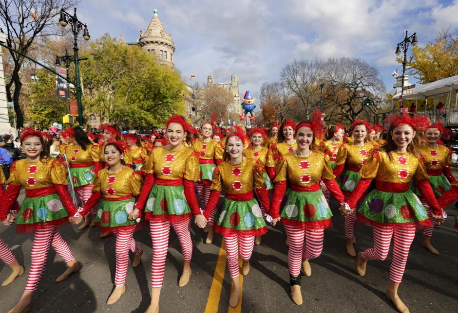 Vista del desfile de Acción de Gracias en Nueva York, Estados Unidos hoy 26 de noviembre de 2015. (Foto: EFE/Peter Foley)
