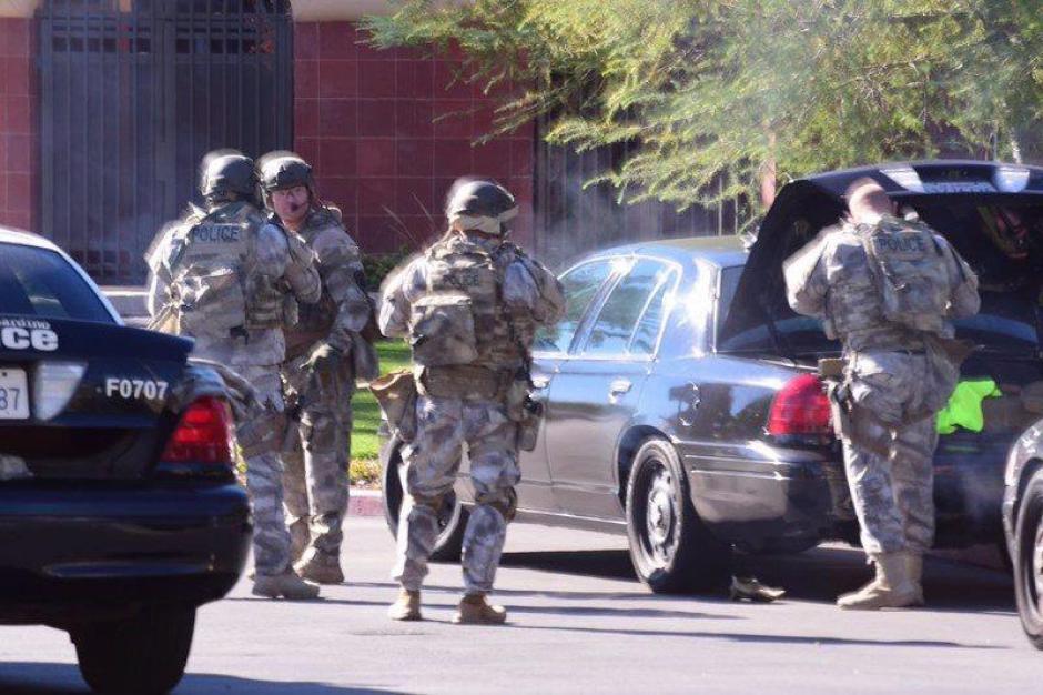 Un grupo especial de la Policía en Los Ángeles intervino durante el operativo. (Foto: EFE)