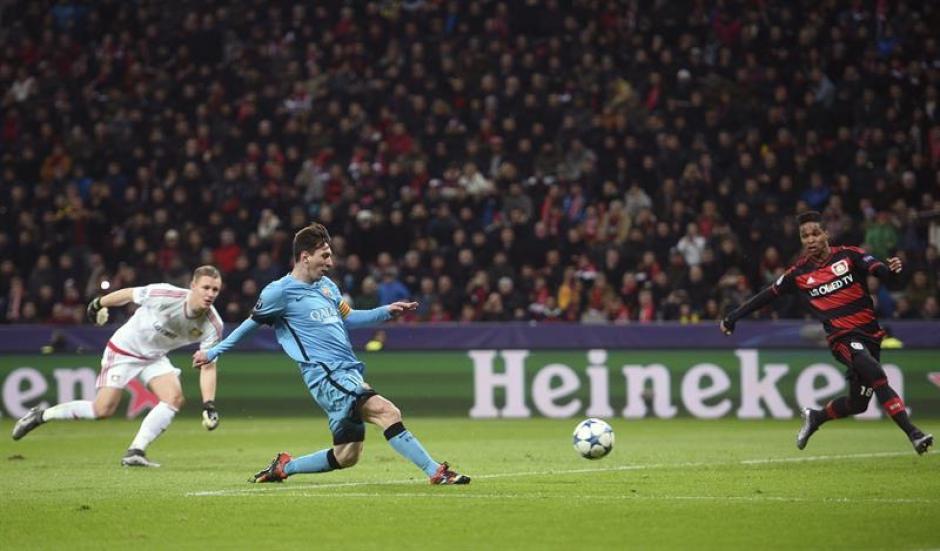 Así fue el gol de Messi en el primer tiempo, con la portería a merced definió.(Foto: EFE)