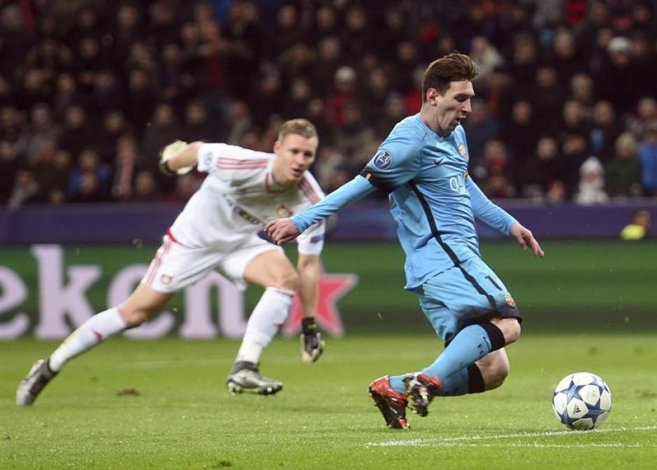 El argentino Lionel Messi anotó el primer tanto del partido, en su carrera le ha hecho siete goles al Bayer Leverkusen en Champions League. (Foto: EFE)