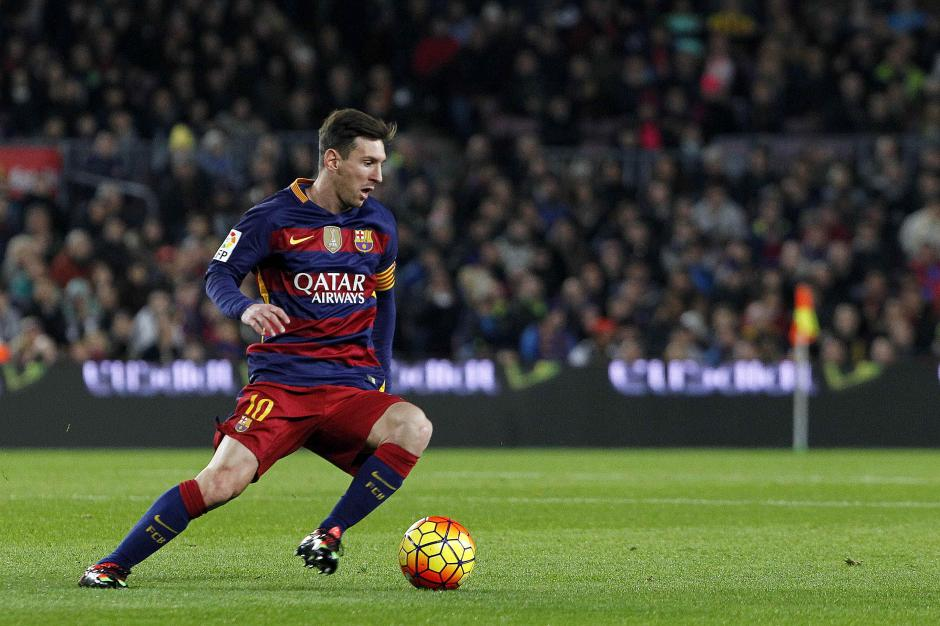 Messi marca diferencia, cuando el partido estaba más complicado anotó el segundo. Estuvo cerca de hacer el tercero, pero remató un balón en el poste. (Foto: EFE/Marta Pérez)