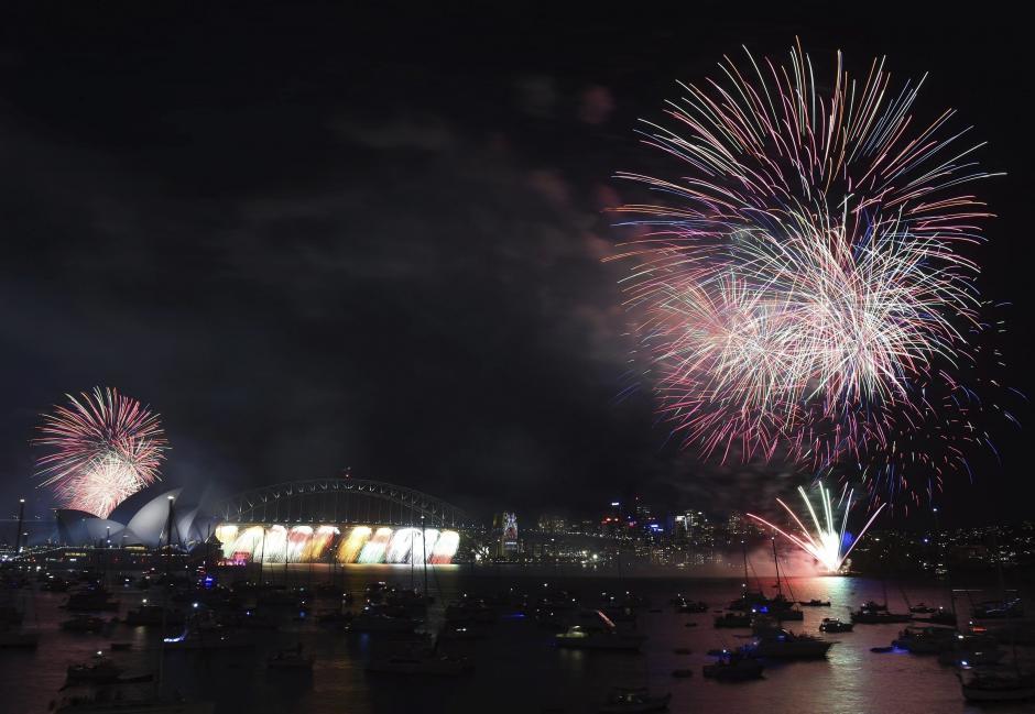 Los edificios más emblematicos de la ciudad de Sídney también fueron preparados para recibir el nuevo año. (EFE)