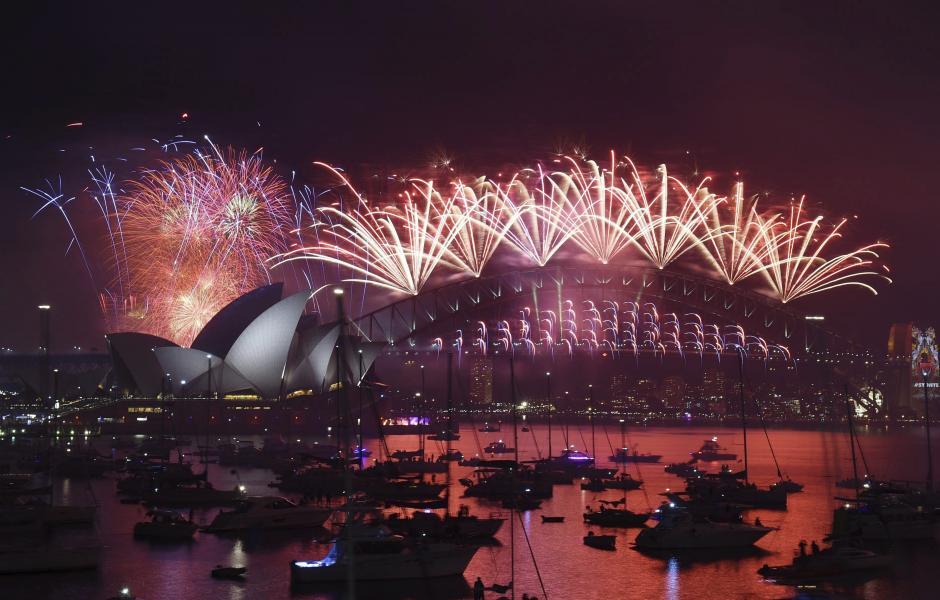 Sidney fue el primer país en el mundo en recibir el 2016 y lo hizo a lo grande. (Foto: EFE)