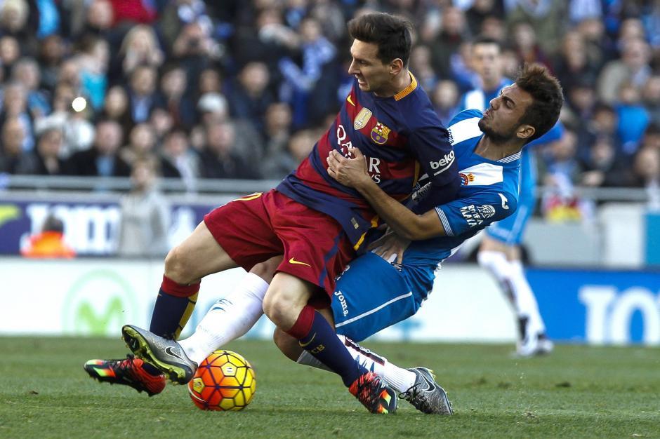 Messí lucho durante todo el partido pero no pudo aportar para que su equipo ganara. (Foto: EFE/ Quique García)