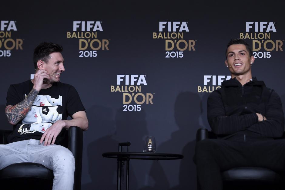 Messi bromeó con Cristiano Ronaldo, en la entrevista previa a la entrega del Balón de Oro.(Foto: EFE)