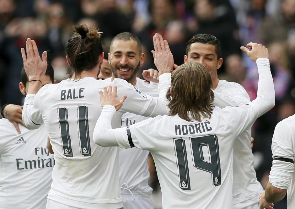 El Madrid goleó por segundo partido consecutivo en el estadio Santiago Bernabéu; segundo partido de Zidane en el banquillo merengue. (Foto: EFE)