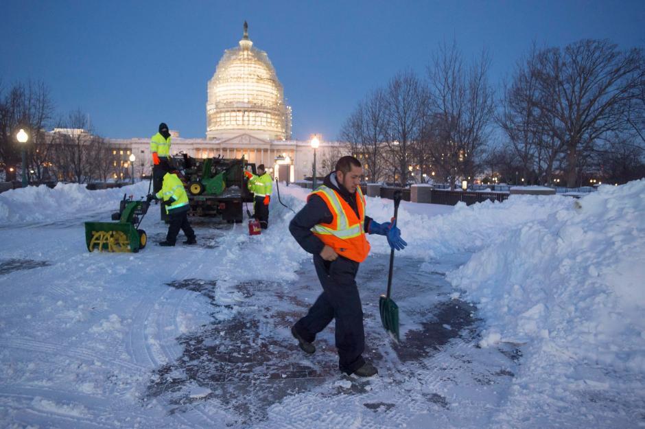 56 centímetros de nieve cubrieron las calles de Washington. (Foto: EFE)