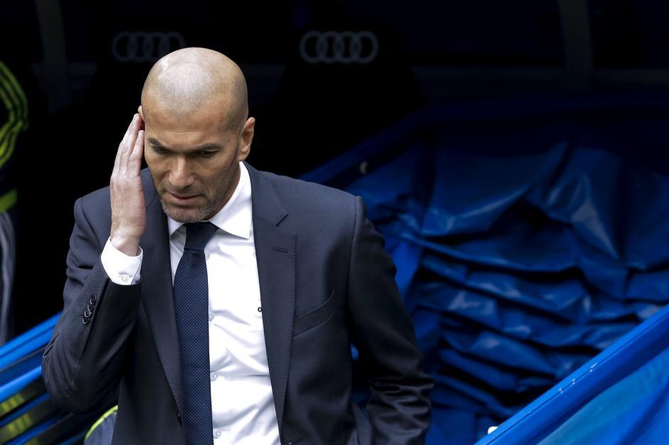 El técnico francés, Zinedine Zidane, consiguió otra victoria en el Bernabéu. (Foto: EFE)
