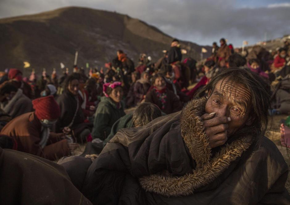 Fotografía de la serie ganadora del segundo premio en la categoría Vida cotidiana de la 59 edición del World Press Photo, tomada por el fotógrafo Kevin Frayer. (Foto: EFE/Kevin Frayer)