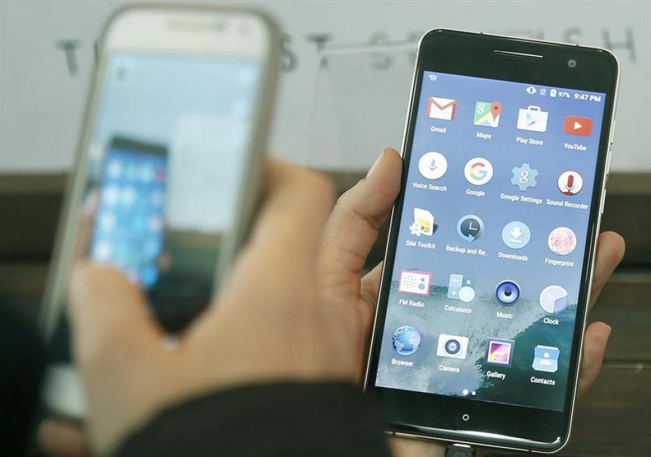 En el evento se espera la presentación de nuevos modelos de teléfonos. (Foto: EFE)