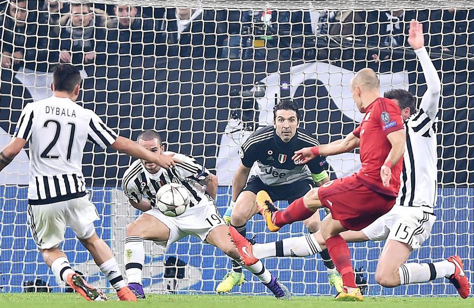 Así fue el gol de Arjen Robben del Bayern. (Foto: EFE)
