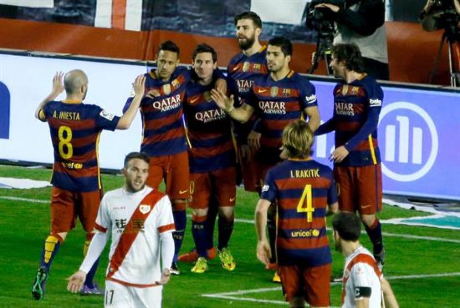 Messi marcó triplete para el FC Barcelona frente al Rayo. (Foto: EFE)